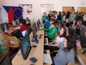 V pondělí 30.4.2012 odpoledne se shromáždiliu účastníci konference v učebně výpočetní techniky.