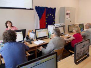Konference se zúčastnili pedagogové školy a pozvaní hosté