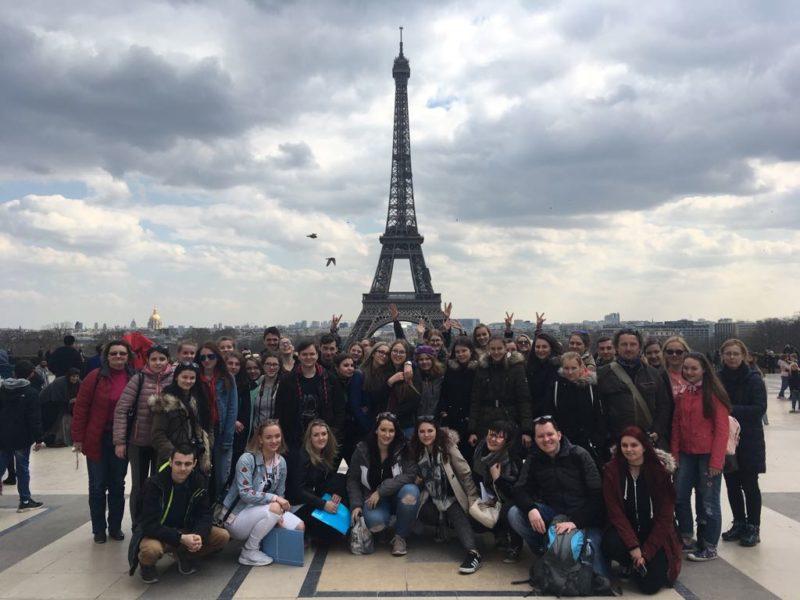 Společné foto před Eifelovkou